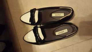 Snidel Black White shoes (hidden heel)