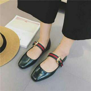 Olive Flats 2 in 1