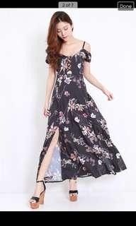 Black Floral Offsie Maxi Dress