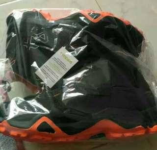 Adidas AX2 High black combi orange