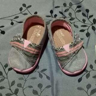 Summer sale! Toms shoes T4
