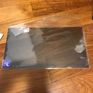 Targus privacy film fits 14inch screen