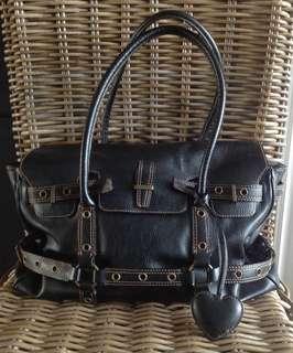 HOLT RENFREW - Top Grain Leather