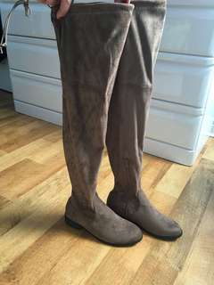 Brown Thigh hight boots size 6