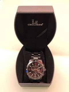 時尚手錶,設計獨特