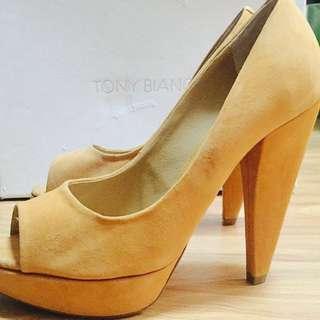Tony Bianco Sz 6 Mustard Peep Toe High Heels