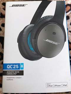 Bose Quiet Comfort QC25 Noise cancelling headphones
