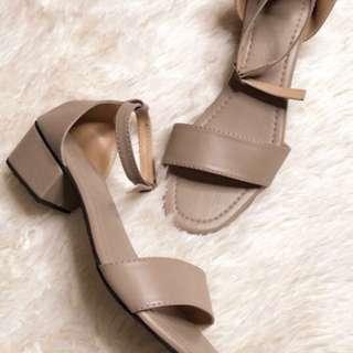 1inch heels