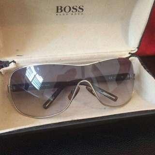 Hugo boss sunglass (original)