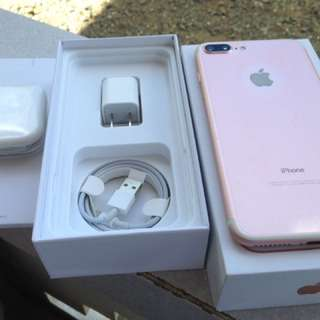 Apple iPhone 7 plus 32gb Rose Gold Factory Unlock