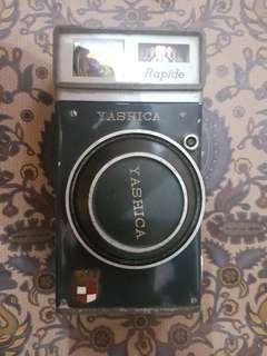 Yashica (kamera jadul)