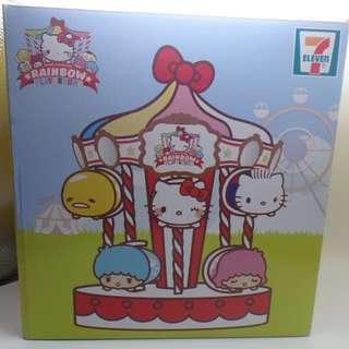 7-11 x SANRIO Rainbow Playground 旋轉木馬陳列架