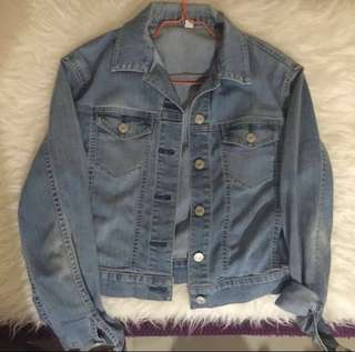Uniqlo Denim Jacket (Semi crop)