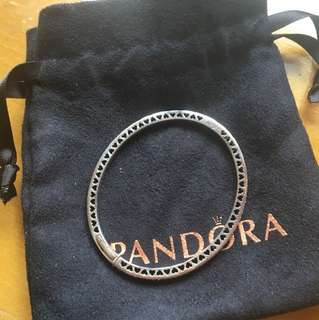 Pandora 手鐲 淺紫色
