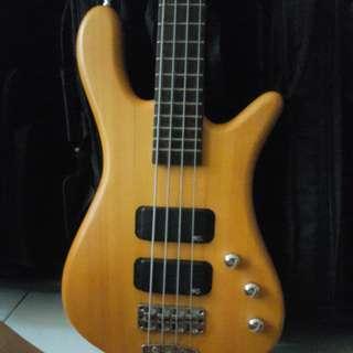 Warwick streamer 4 string bass