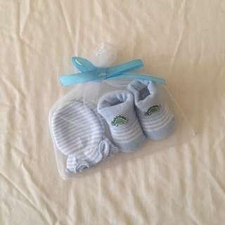Newborn Socks & Mittens
