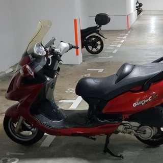 Kymco grandink 150 2009 nov bike