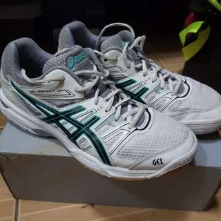 Asics gel rocket indoor volleyball shoes