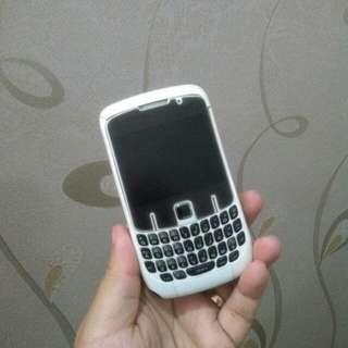 Blackberry Gemini Curve putih