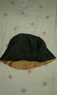 Topi bucket