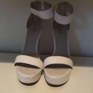 Lipstik heels size 7