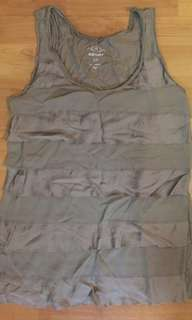Old navy army green top