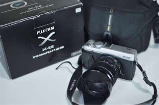 Fujifilm X-E2 Silver with 18-55mm F2.8-4 lens
