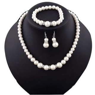 Mother's Day Pearl jewelry gift set