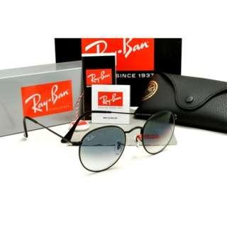 RayBan Round Metal RB3447 Black Frame, Grey Gradient Lens