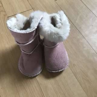 Lot of 2 winter boots
