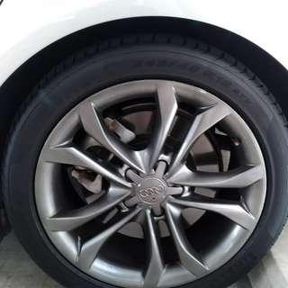 Audi S4 original rims