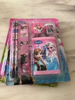 Frozen theme birthday party goodies bag set