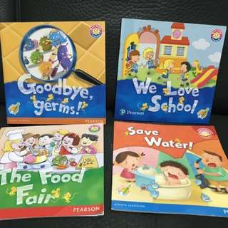 4本 幼稚園英文教科書故事書 $45全4本  4 Kindergarten student story books $45for 4  1. We love school 2. The Food Fair 3. Goodbye germs!