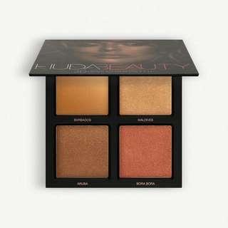 Huda Beauty Bronze Sands 3D Highlighter Palette