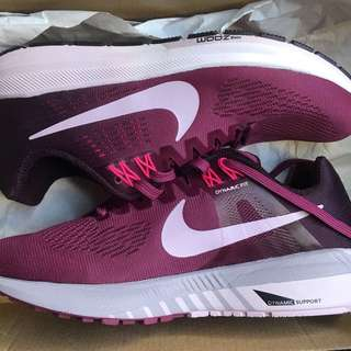 Authentic Nike Air Zoom (structure 21)