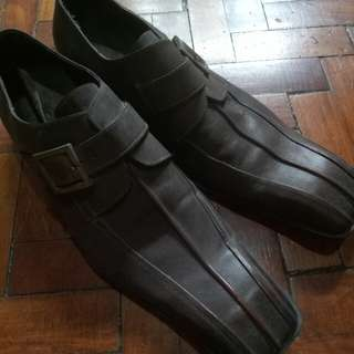 Rock leather brown shoes