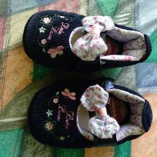 baby shoes (preloved)