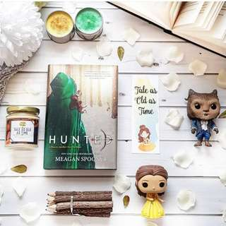 ❄🌿 hunted - meagan spooner [BRAND NEW HARDCOVER]