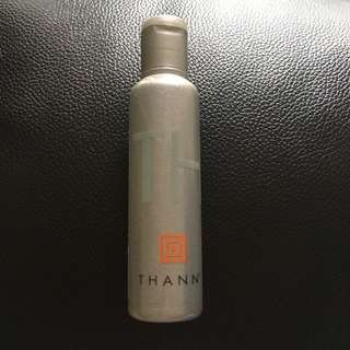 Thann Aromatic Wood Aromatherapy Shower Gel