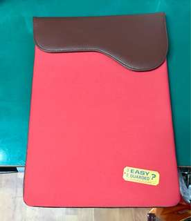 Toshiba Neoprene & synthetics leather, padded.(15inches laptop)
