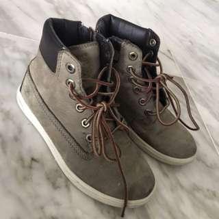 TIMBERLAND Winter shoes - boys size EU 30