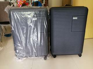 """28"""" Brand new New Yorker Luggage"""