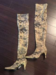 Thigh high Boots (Size 6)
