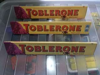 toblerone bar 100 grams