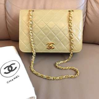 Chanel 22cm杏色classic gold chain bag
