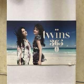 Twins 3650限量澳洲寫真書