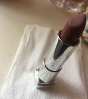 The POWERMATTES by color sensational Maybelline in shade of RAW COCOA MNU12