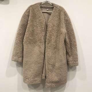 GU 泰迪熊毛毛外套