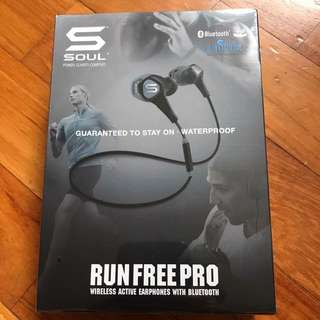 Soul Run Free Pro Wireless Active Earphone With Bluetooth