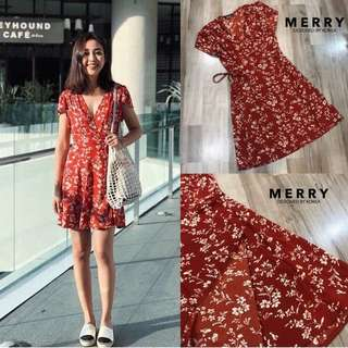 [PO] Summer Floral Wrap Dress